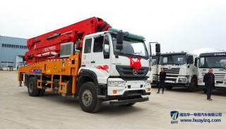 小型混凝土泵车和混凝土输送泵的说明 小型泵车的发展趋势-华一专汽