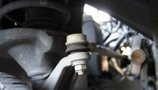 汽车的保养是换油吗?想多开几年,不要忽视5个地方的保养