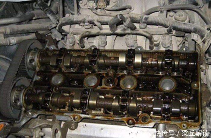 发动机积碳何时清?维修工:4种情况要注意,不清等着修发动机吧